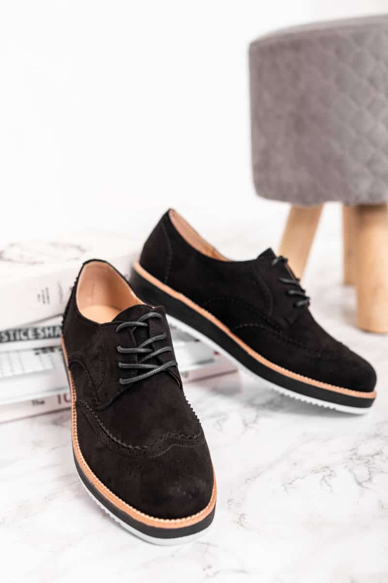 utcai cipők